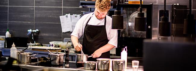 4 Ingenious Ways Exatouch® POS Makes Restaurant Kitchen Communications Easier