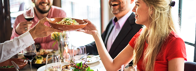 5 Clever Ways The Right Restaurant POS Can Help You Delight Guests